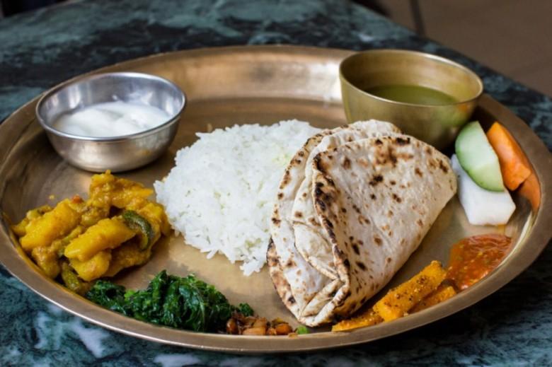 Annapurna circuit trekking mountain world treks - Annapurna indian cuisine ...